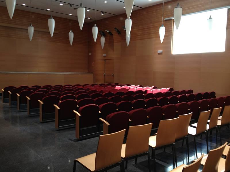Centre Civic cine Iris